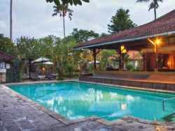 Hotel Bintang 3 di Bali - Peneeda View Beach Hotel