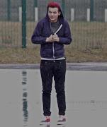 Louis Tomlinson* lo
