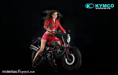 motos-mujeres-street-motera-street-girl-kymco-selena-gomez