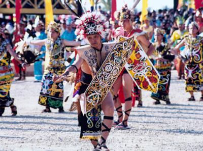 Tari Pedang Mualang Tarian Dari Suku Dayak Kalimantan