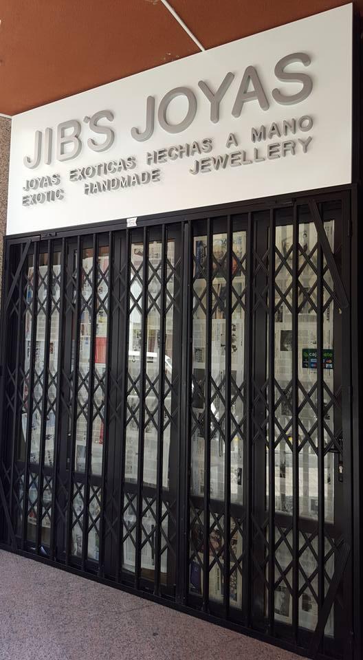 JIB*S JOYAS -LOS CRISTIANOS Confía su falso techo 4 Pro Placo a MARDEL Plac. Sistemas Constructivos