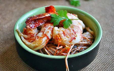 Roasted shrimp with galangal - Tôm om riềng