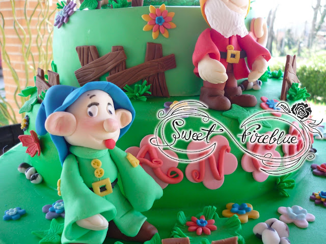 ✥ torta con biancaneve e i ...3 nani!!✥