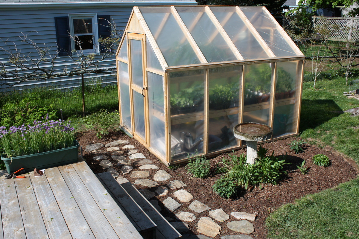 Bepas Garden Building A Greenhouse - Backyard greenhouse ideas