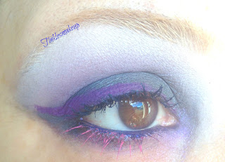 eye_makeup_smoky_grey_and_purple