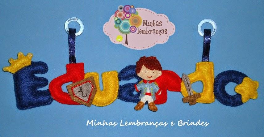 http://minhaslembrancasebrindes.blogspot.com.br/2014/11/enfeite-portamaternidade-principe.html
