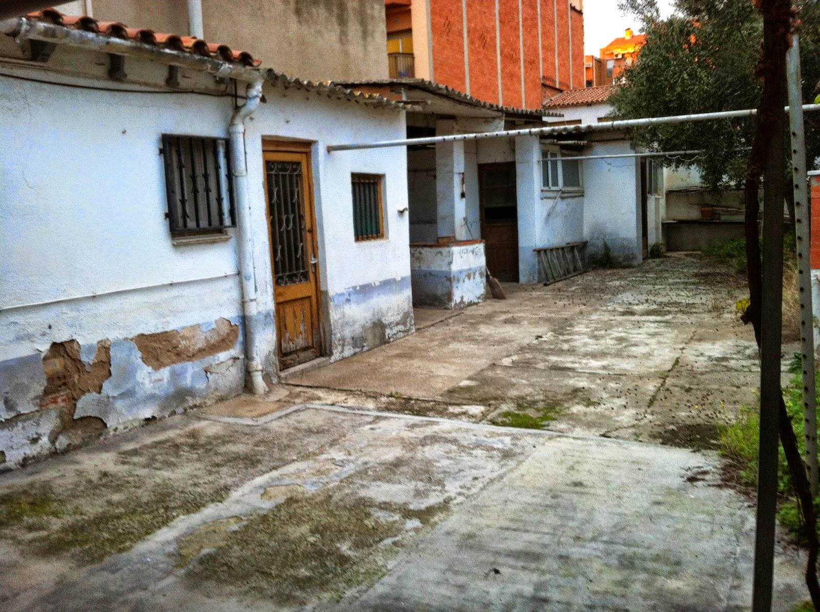 Estado del patio trasero de ESPAI FONTANELLA