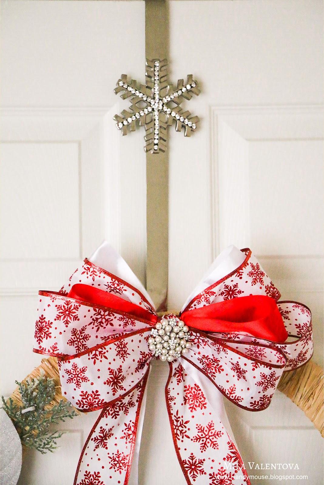 Рождественский декор. Рождественский венок. Мила Валентова.