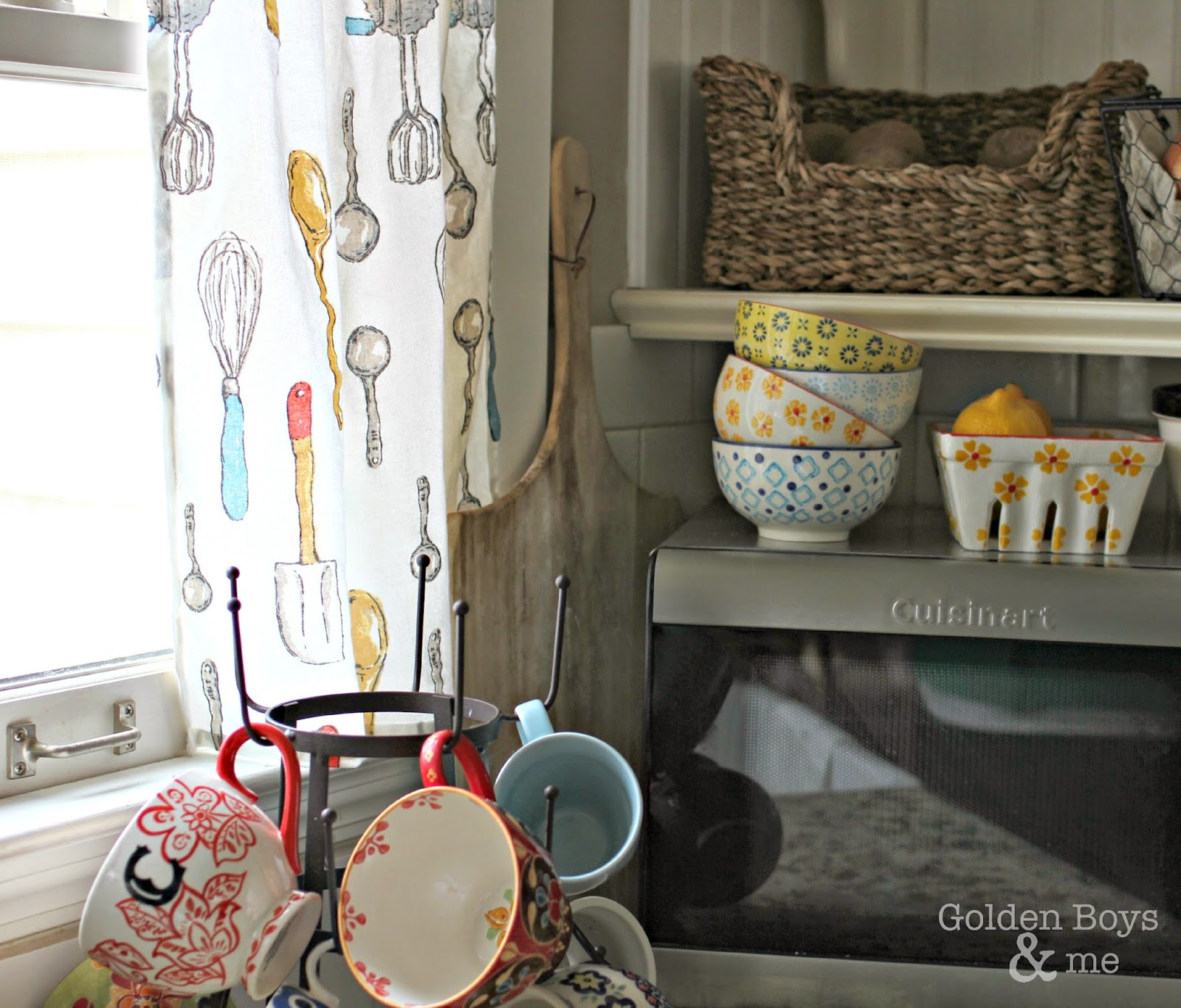Easy DIY curtains made with kitchen towels-www.goldenboysandme.com