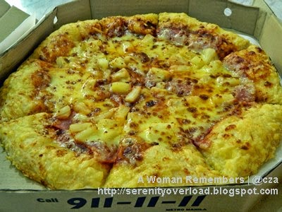 Pizza Hut, Pizza Hut Hand Stretched Pizza, Pizza Hut Hawaiian