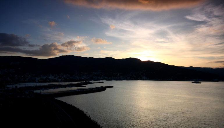 ホテル風の薫写真集をご高覧頂き心より御礼申し上げます。豪華客船でのクルージングの様な旅をご体験頂けます。相模灘を見下ろす絶景ポイントで皆様にお目にかかれます日を楽しみにいたしております。
