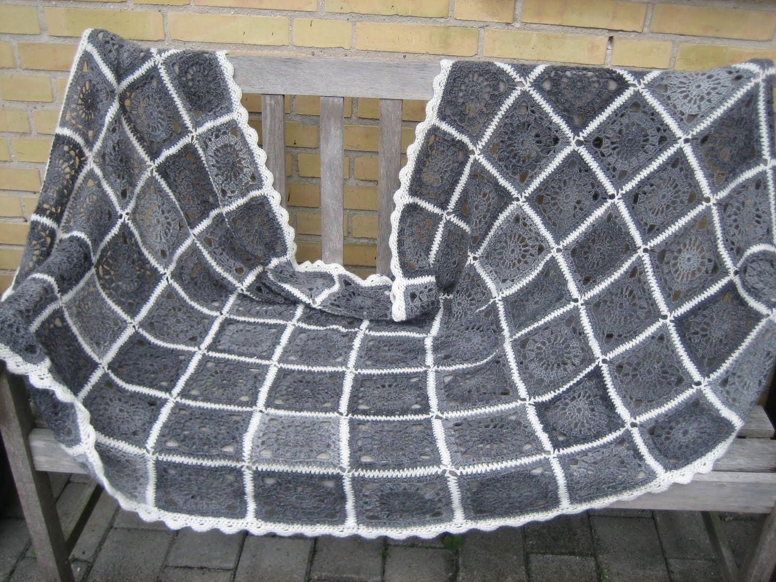 strikkede tæpper opskrift