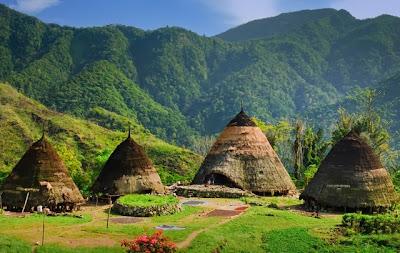 Uniknya Indonesia, Rumah Kerucut Wae Rebo