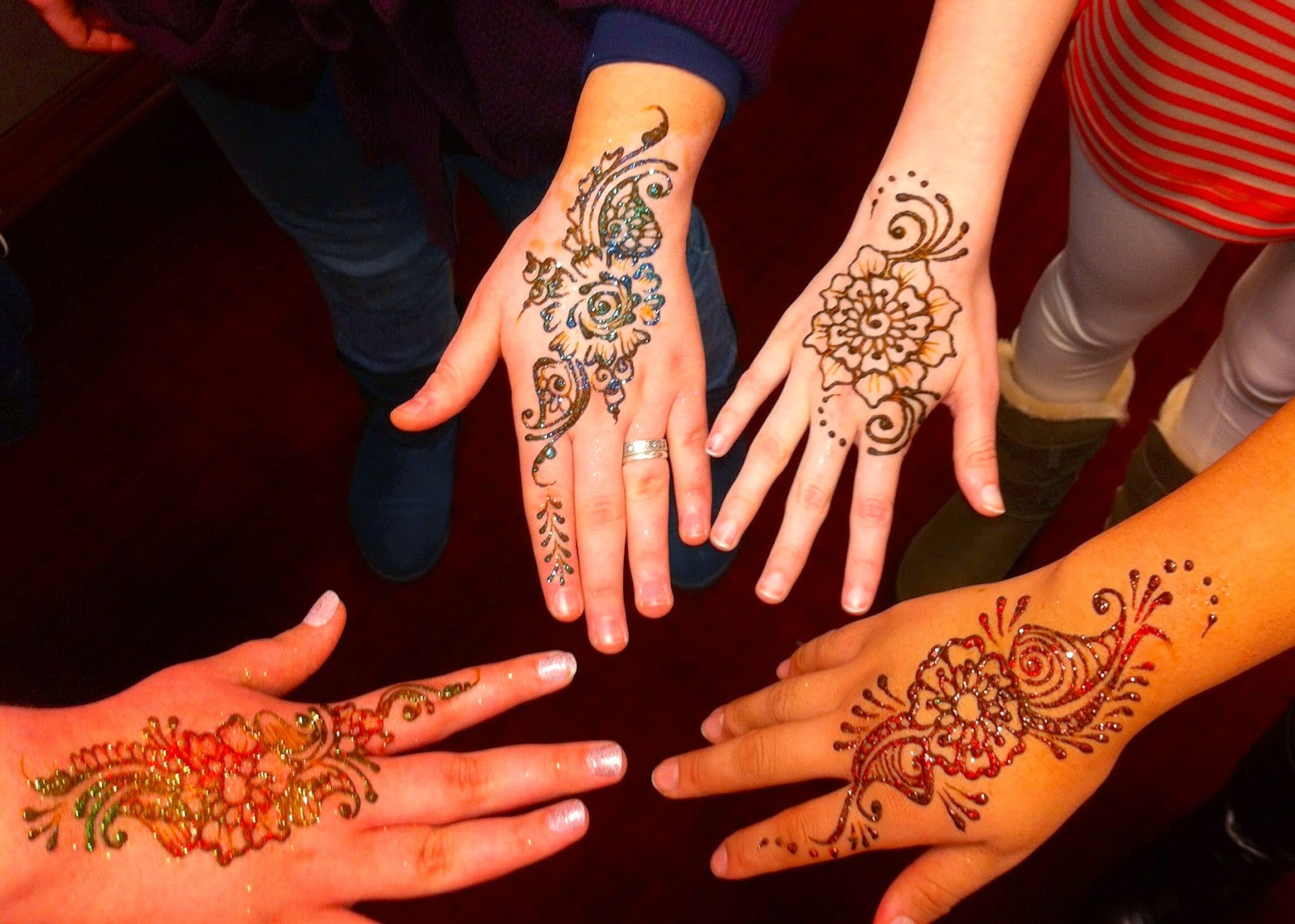 Mehndi Adventures With TheHennaLadycom