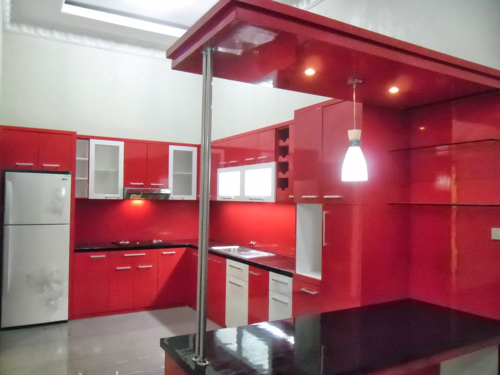 Kitchen Set U Shape (Bentuk U) - Kitchen Set Semarang - Custom Furniture Semarang