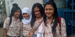 Fatin And Friends School