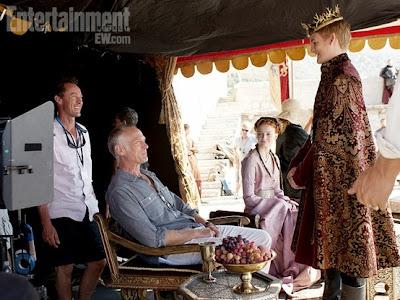 Sansa y Joffrey junto al director - Juego de Tronos en los siete reinos
