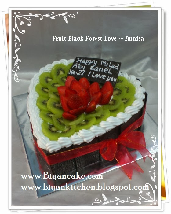 Black forest hias buah