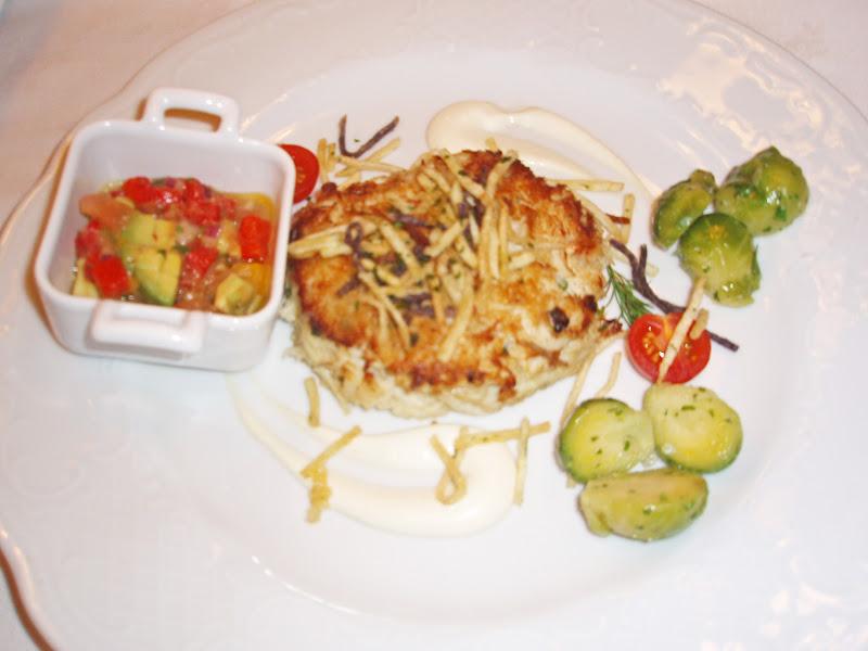 Crab, Avocado, Pomegranate Salad In Crisp Endive Leaves Recipes ...