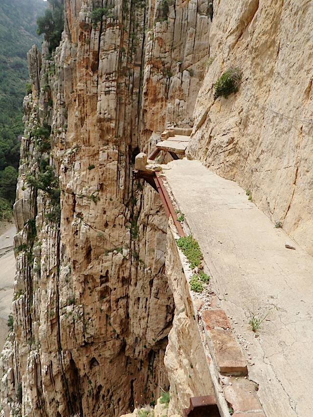 ElCaminoDelRey 010 - The Most Dangerous Path in the World