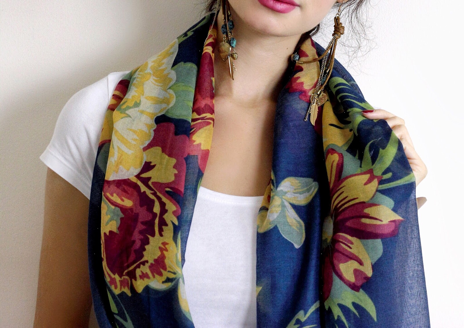 powder, powder scarf, powder collaboration, ootd, british blogger, makeup blogger, fashion blogger, lifestyle blogger, beauty blogger, fashion, style, floral scarf, long earrings, pink lipstick, anasofiachic, style a scarf, how to