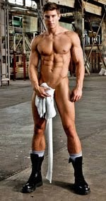 Nude Stephen