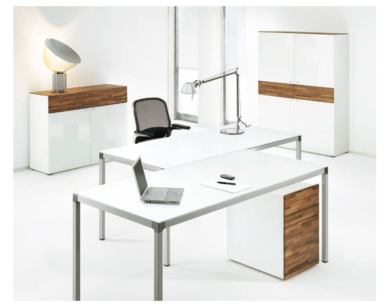 Modern office furniture chairs and desks