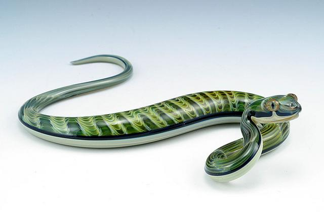 06-Green-Rippleback-Snake-Scott-Bisson-Glass-Sea-and-Land-Animals-www-designstack-co