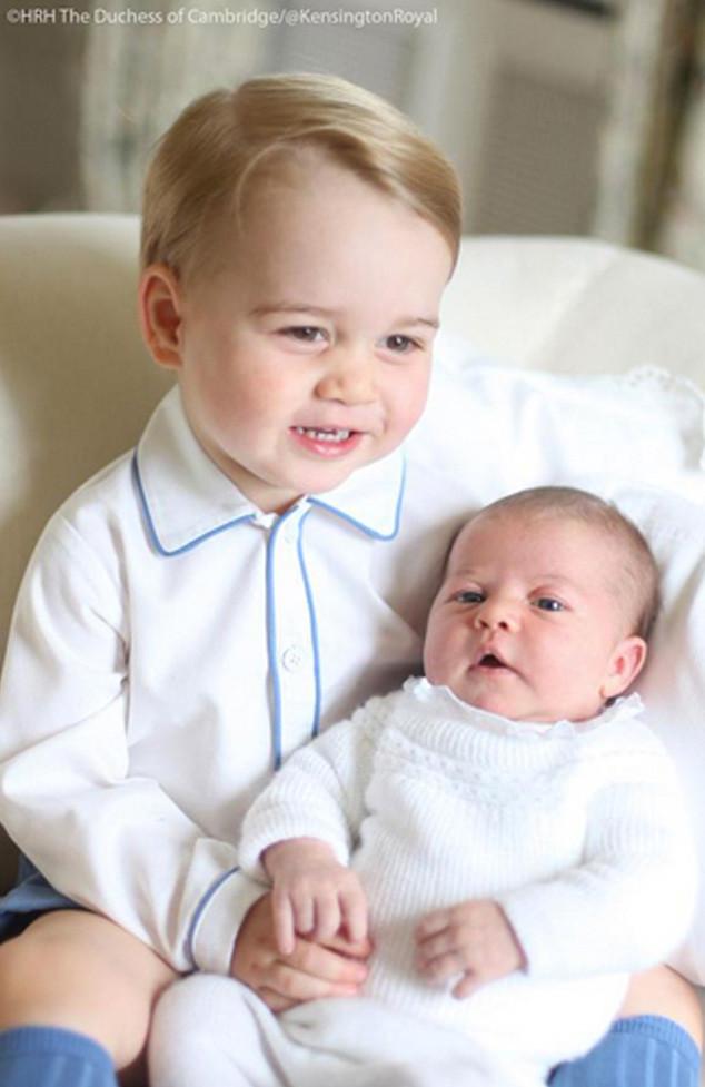 Príncipe George e princesa Charlotte 03