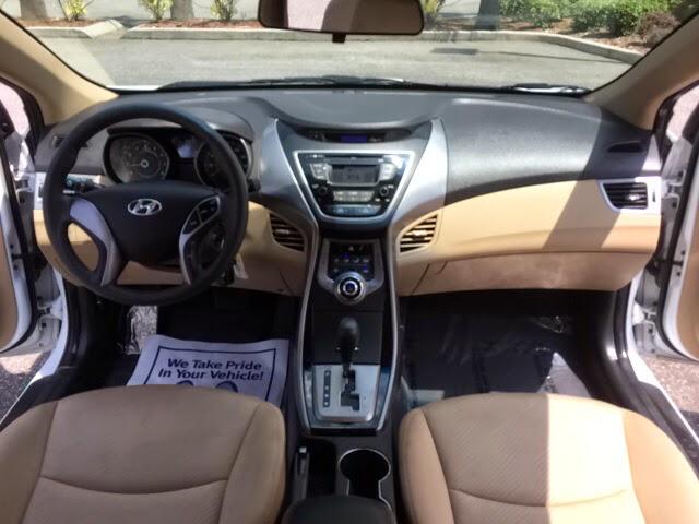 Tan Hyundai Elantra