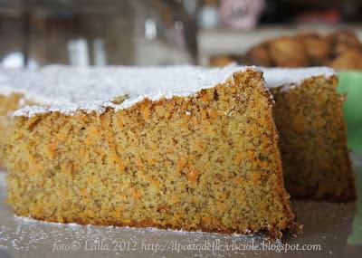 Il posto delle visciole torta di carote e mandorle - Posto con molti specchi ...