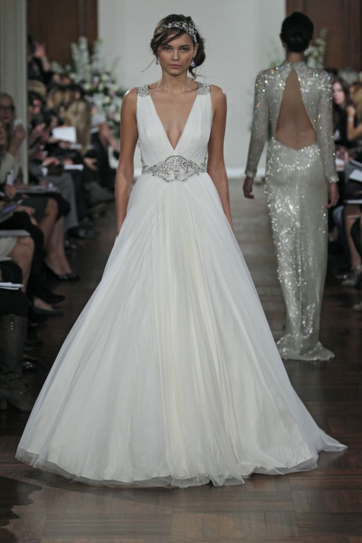Unbelievable wedding bridal dress from jenny packham for Wedding dress stores in arkansas