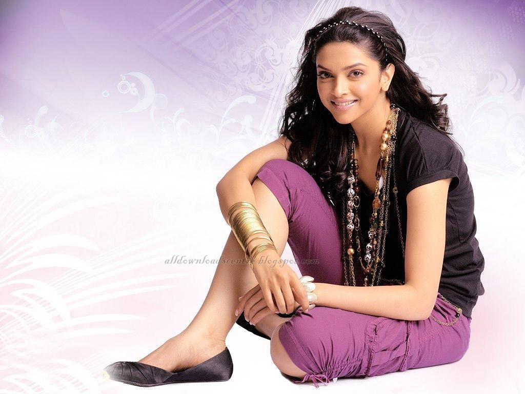 http://3.bp.blogspot.com/-qxO-FeI-0zY/To7G_VNdLuI/AAAAAAAABUM/bkysk5ogVn8/s1600/Deepika+Padukone+Beautiful+Wallpaper.jpg