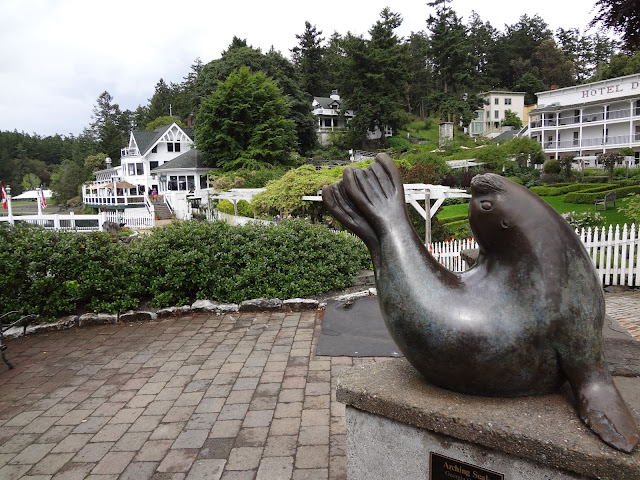 Seal Statue
