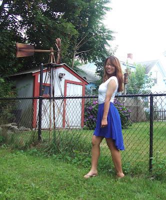 Rustle of Blue Skirt