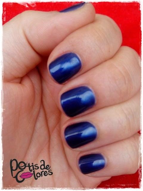 Potis de Colores: Manicura Azul Eléctrico