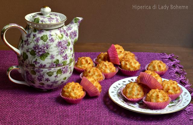 hiperica_lady_boheme_blog_di_cucina_ricette_gustose_facili_veloci_dolci_biscotti_al_cocco