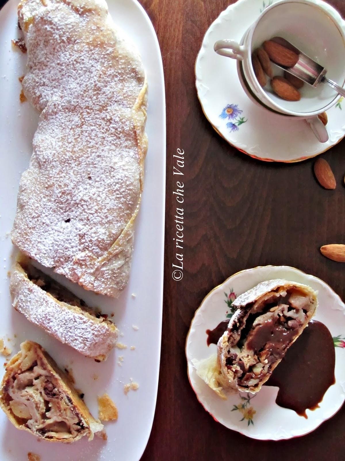 strudel di pere allo zenzero, mandorle e cioccolato fondente