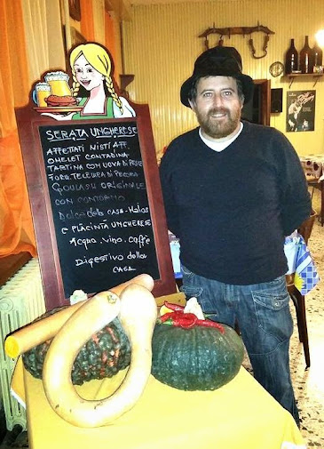 Goulasch food meeting Stefano friend Gallo Bar
