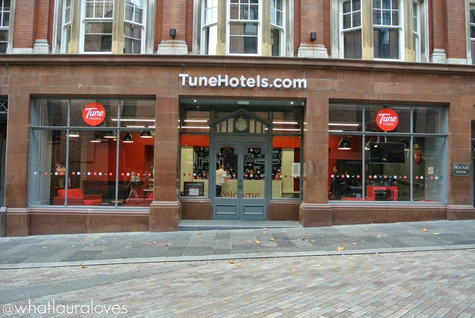 tune hotels Newcastle quayside