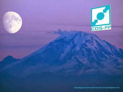 Fundo de tela do Partido Centro Democrático Social. Logotipo Lateral do CDS-PP em fundo Montanha Azul Lua Ascendente