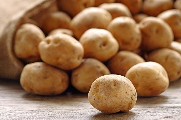 Làm đẹp từ khoai tây: Da sáng láng mịn...