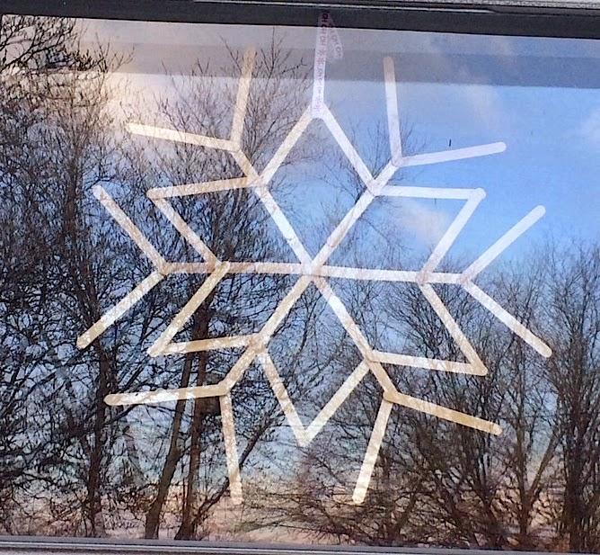DIY craft stick snowflake