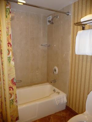 Fairmont Southampton - Bermuda - Toilets