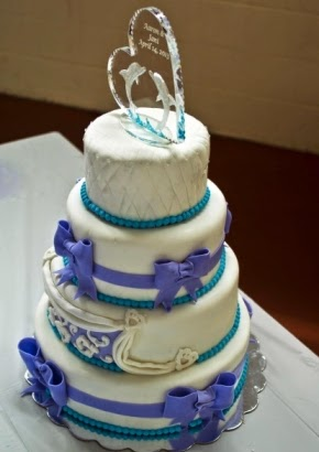 Cake Decorating - The Wedding Cake