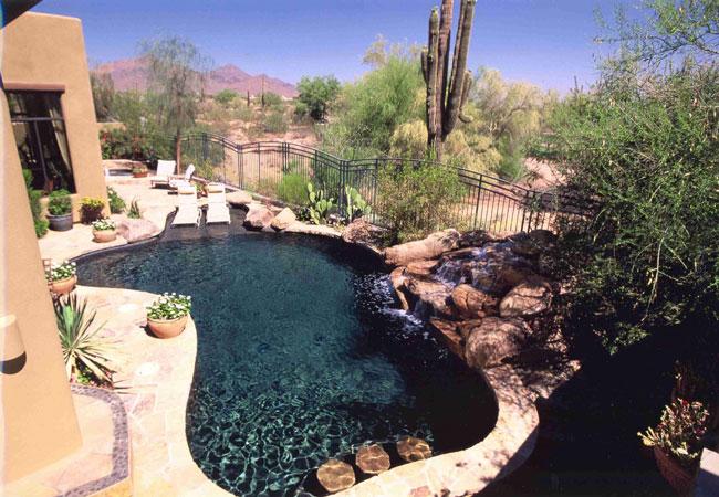 Construir una piscina diferente lucas gunitec - Piedras para piscinas ...