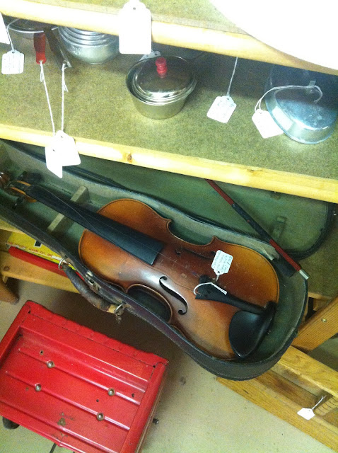 Violin at Shipshewana