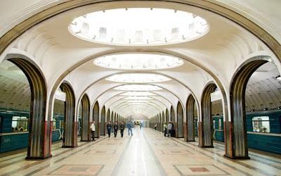 Những ga tàu điện ngầm đẹp như cổ tích ở Nga
