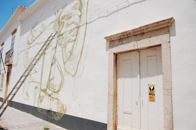 urban art by bezt in lagos portugal 2