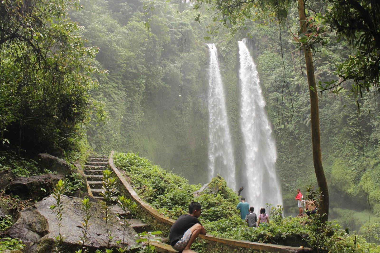 Hasil gambar untuk air terjun tiu teja santong lombok utara